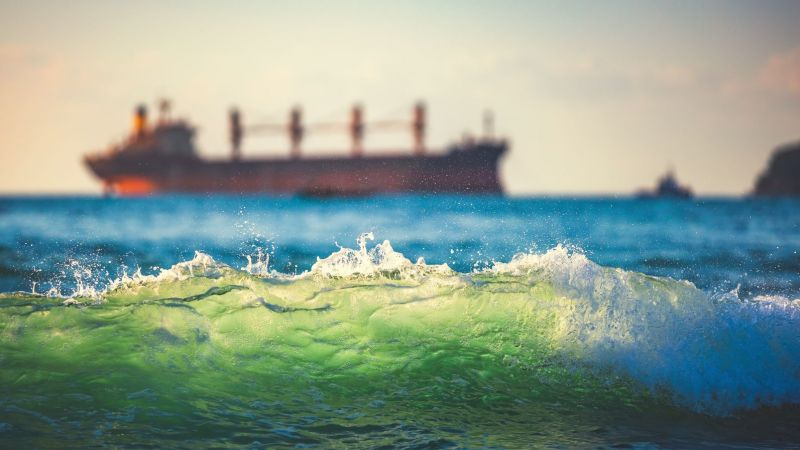 Schiff grüne Welle