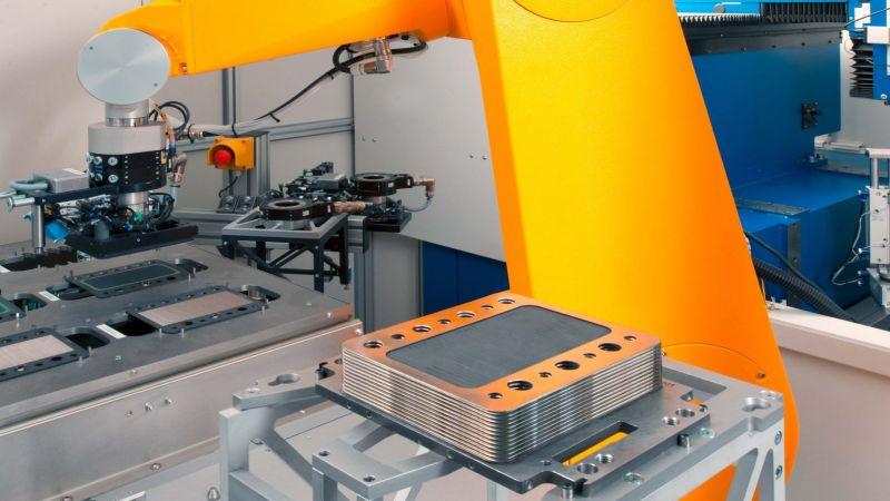 Maschinen bei der Brennstoffzellenfertigung