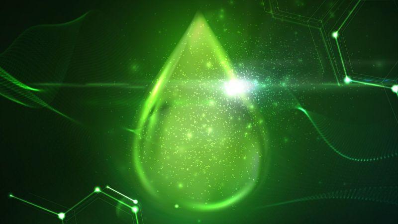 Grüner Tropfen symbolisiert Öko-Treibstoff
