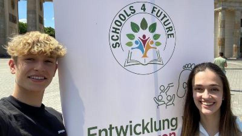 Jonathan Kriener und Noemi Coll Barroso, Schools4Future