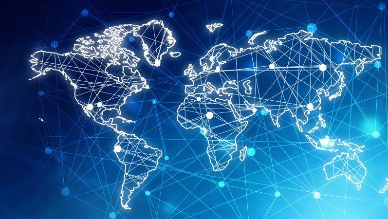 Symbolbild für internationale Vernetzung: Weltkarte, die aus verbundenen Linien und Punkten besteht