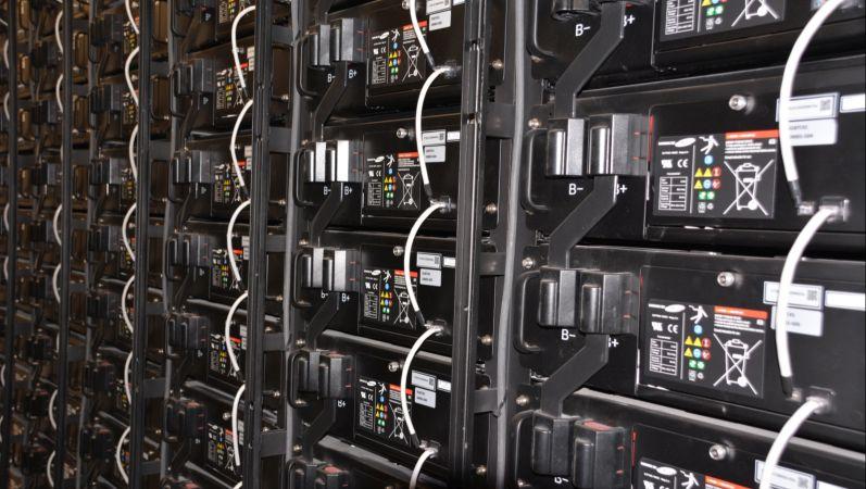 Lithium-Ionen Batterien im Stack