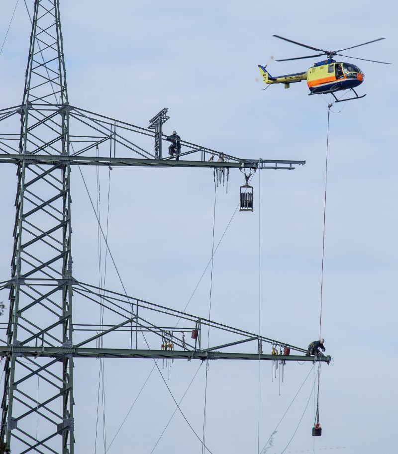 Errichtung einer Windsammelschiene durch 50Hertz, einer 88 Kilometer langen 380KV-Leitung.